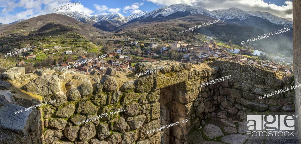 Stock Photo: Viewpoint of Santa Maria Church, Ambroz Valley village. Caceres, Extremadura, Spain.