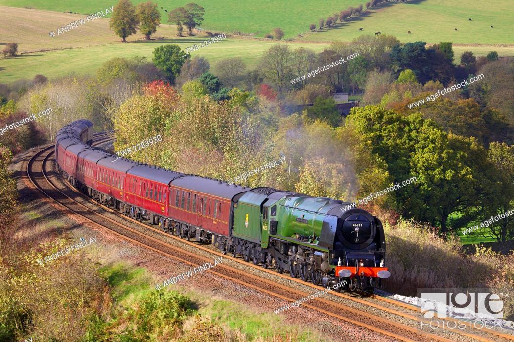 Stock Photo: Steam locomotive LMS Princess Coronation Class 46233 'Duchess of Sutherland' near Low Baron Wood Farm, Armathwaite, Eden Valley, Cumbria, England, UK.