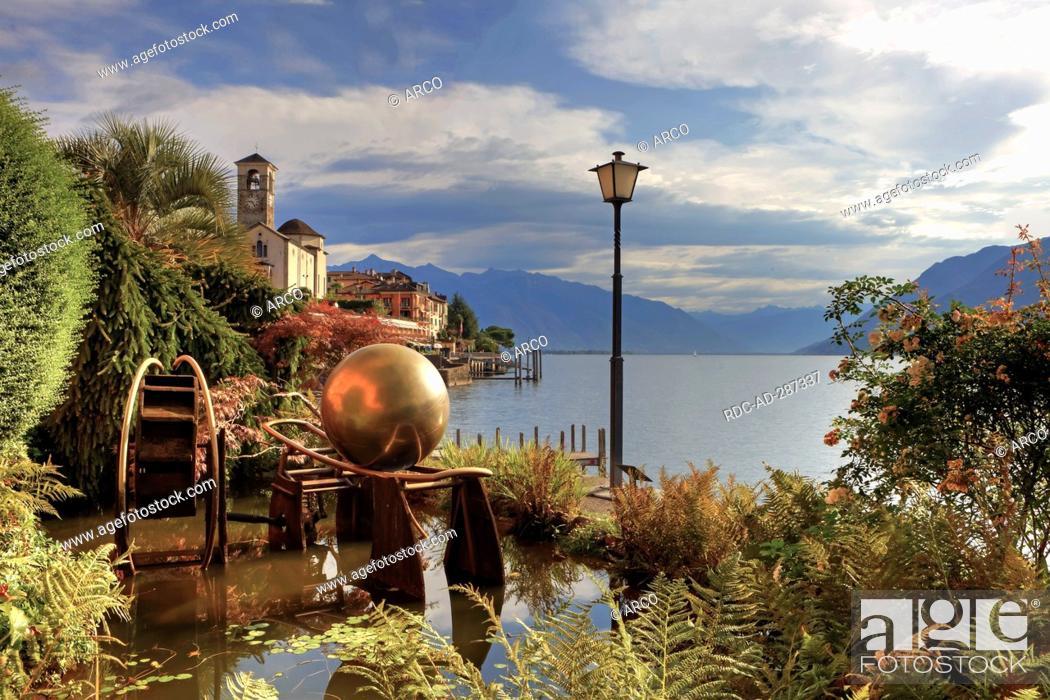 Stock Photo: Promenade, Brissago, Lago Maggiore, Ticino, Switzerland.
