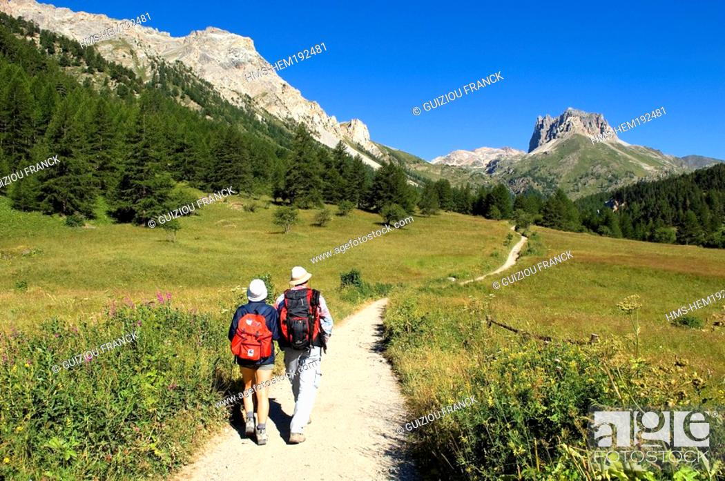 Stock Photo: France, Hautes Alpes, Brianconnais area, Vallee Etroite, hiking starting point to the Mont Thabor Grand Seru in the background.