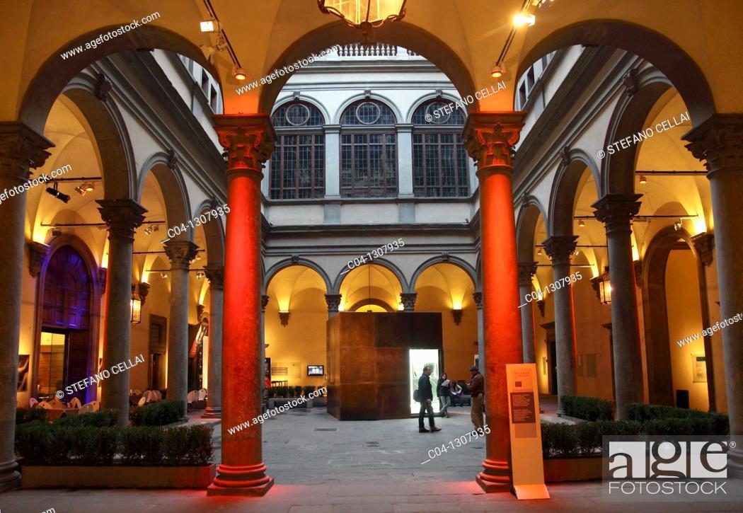 Stock Photo: Italy,Tuscany,Florence, Strozzi Palace, court.