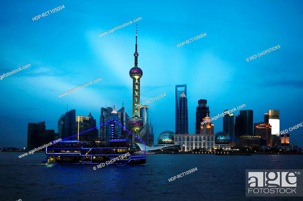 Stock Photo: Buildings at the waterfront, Oriental Pearl Tower, Huangpu River, Lujiazui, The Bund, Shanghai, China.
