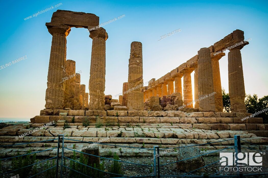 Stock Photo: Valley of the Temples. Temple of Juno Lacinia. Agrigento. Sicily. Italy.