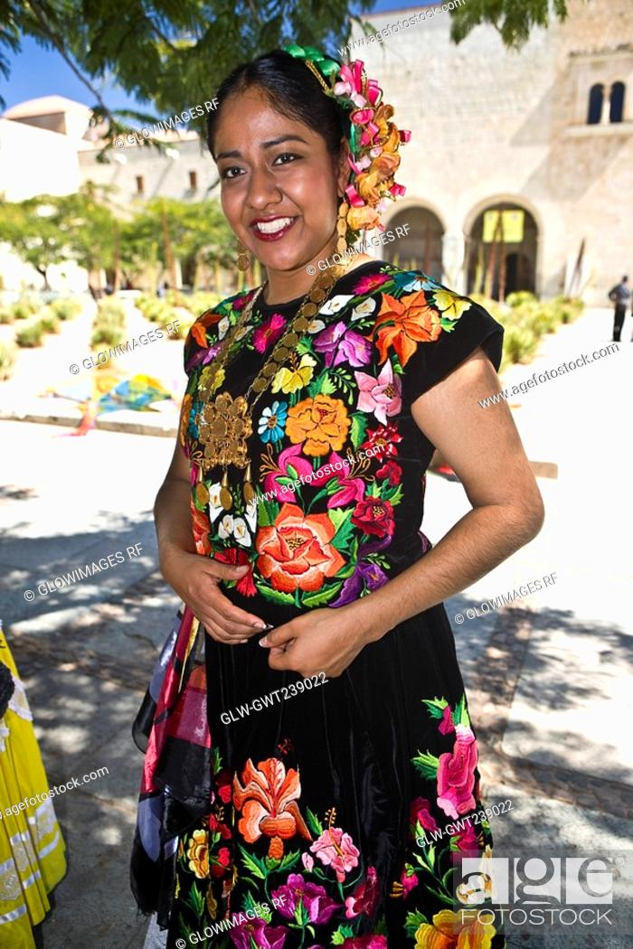 Stock Photo: Portrait of a mid adult woman in traditional clothing, Oaxaca, Oaxaca State, Mexico.
