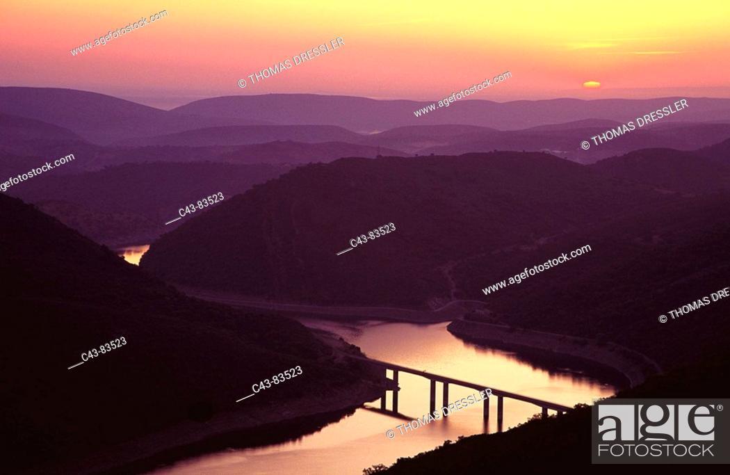 Stock Photo: New bridge over Tagus river, Monfragüe Natural Park. Caceres province, Extremadura, Spain.