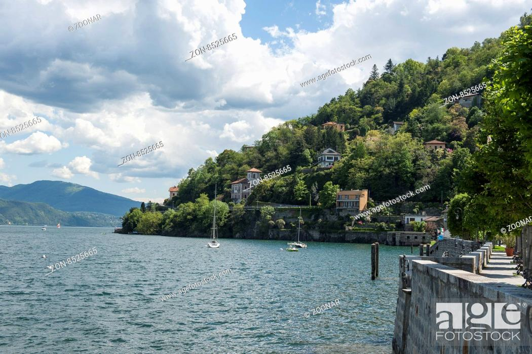 Stock Photo: Lago Maggiore, alpen alps berge hill mountain sea see wasser water.