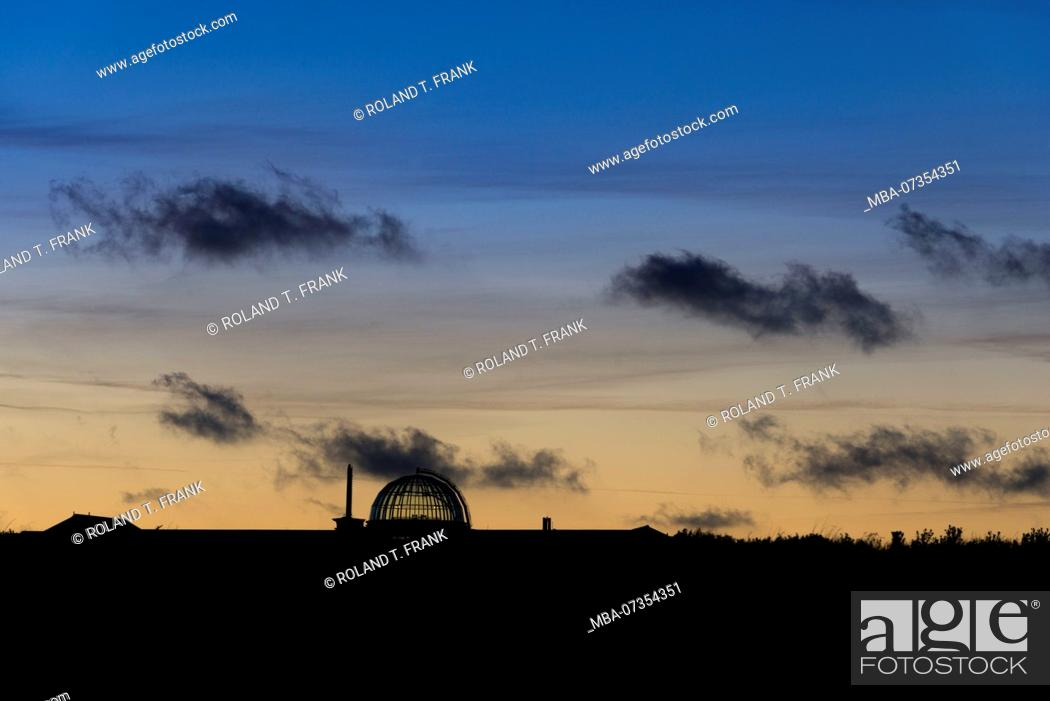 Stock Photo: Germany, Lower Saxony, East Frisia, Juist, town silhouette at the blue hour.