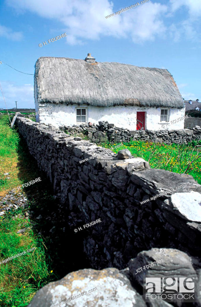 Stock Photo: Ireland, Aran Islands, Inishmore, traditional house.