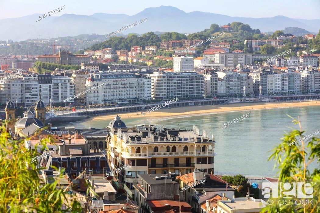 Stock Photo: La Concha Bay. Donostia. San Sebastian. Gipuzkoa. Basque Country. Spain.