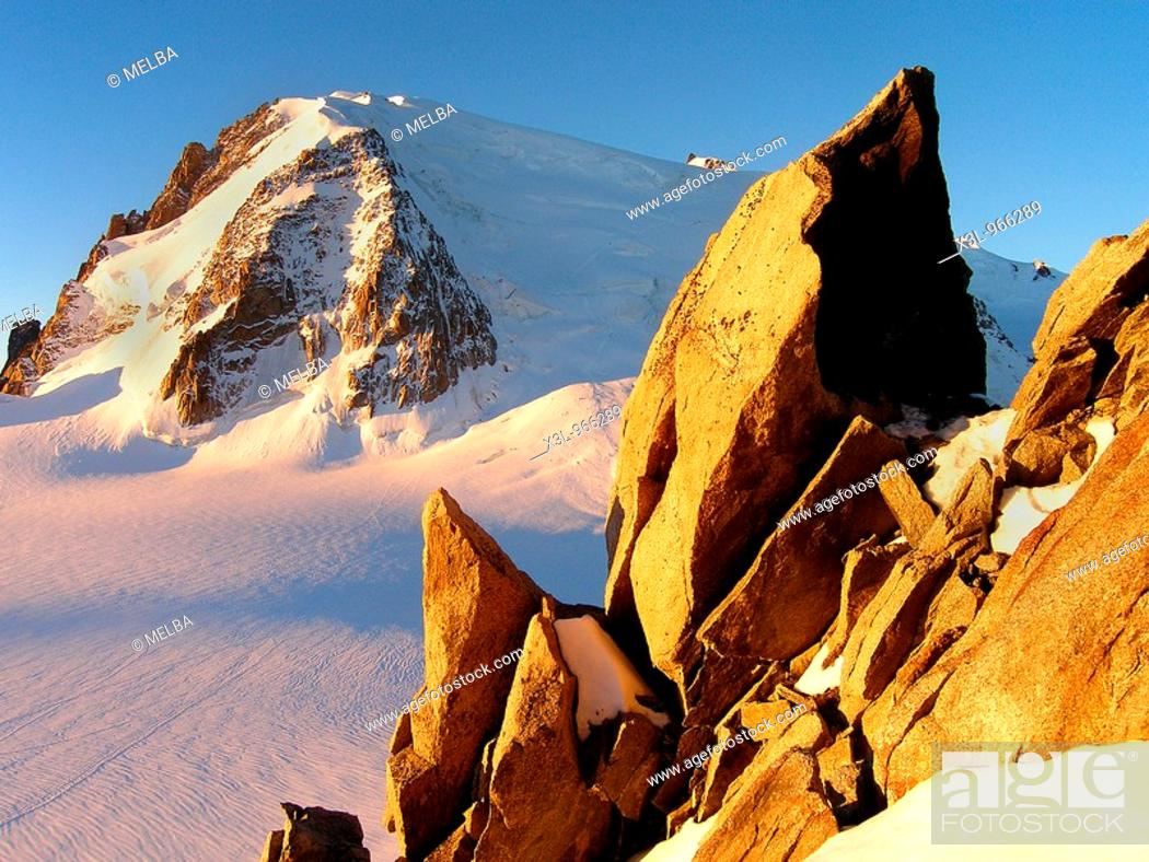 Stock Photo: Dawn in Mont-Blanc of Tacul  French Alps.