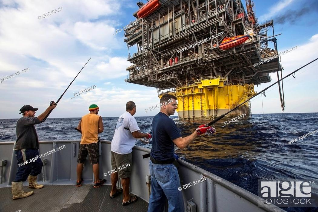 People fishing off boat beside perdido oil rig corpus for Videos of people fishing