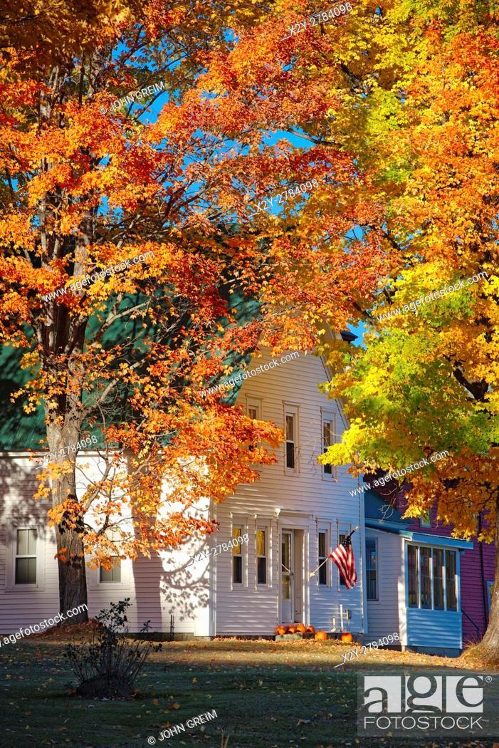Stock Photo: Charming autumn farmhouse, New Hampshire, USA.