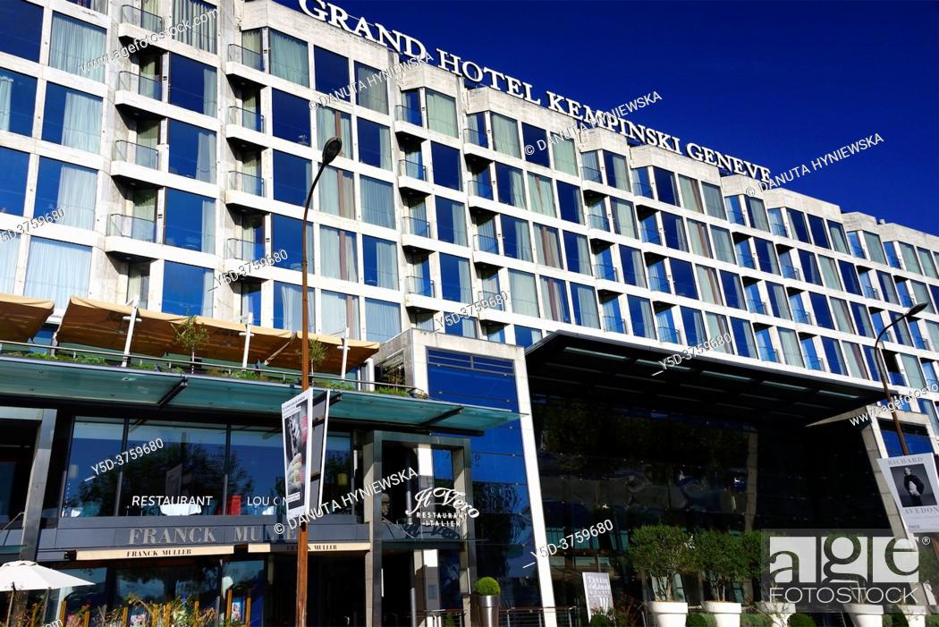 Imagen: Luxury five-star Grand Hotel Kempinski, Quai du Mont-Blanc, Geneva, Switzerland, Europe.