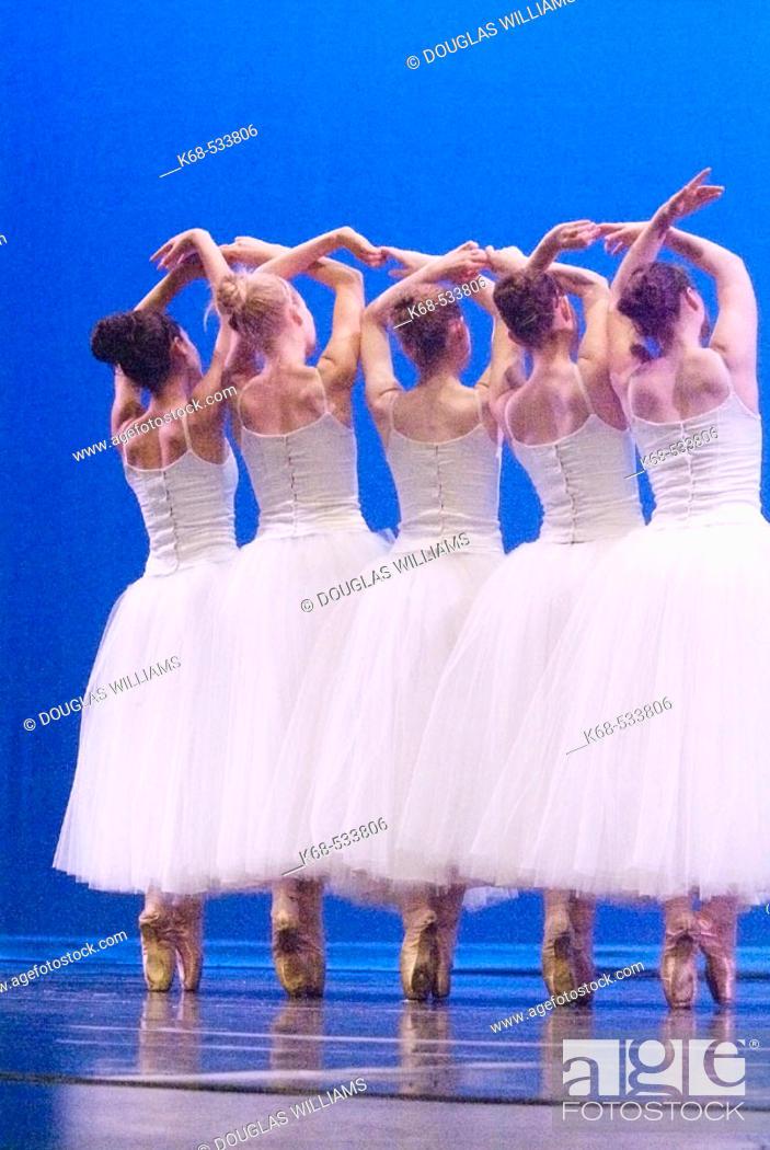 Stock Photo: ballet dancers.