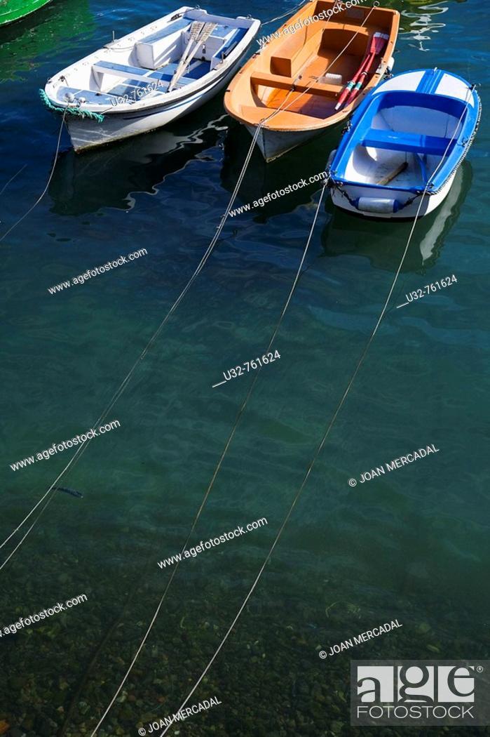 Stock Photo: Boats, Castro Urdiales. Cantabria, Spain.