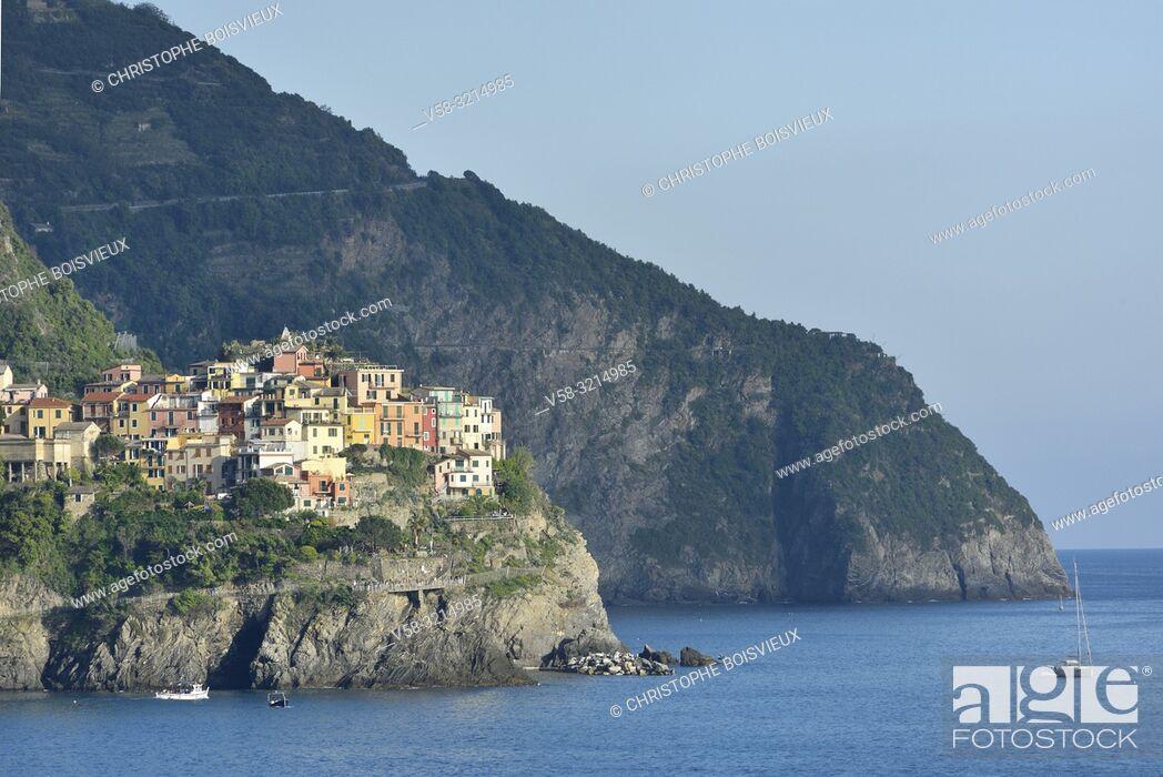 Stock Photo: Italy, Liguria, Cinque Terre National Park, World Heritage Site, Manarola.