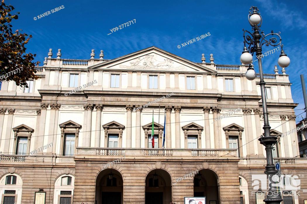 Stock Photo: La Scala Opera House, Milan, Lombardy, Italy.