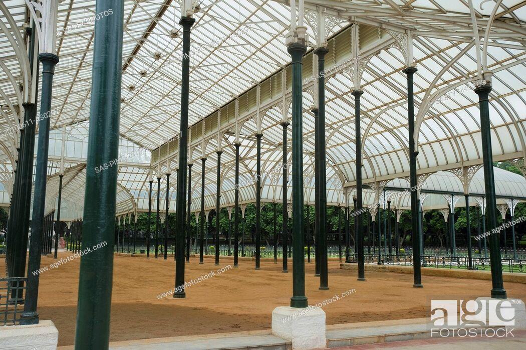 Stock Photo: Glass house in a botanical garden, Lal Bagh Botanical Garden, Bangalore, Karnataka, India.