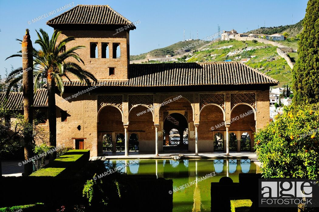 Photo de stock: Granada, Andalucía, Spain. Alhambra, The Palace of the Partal.