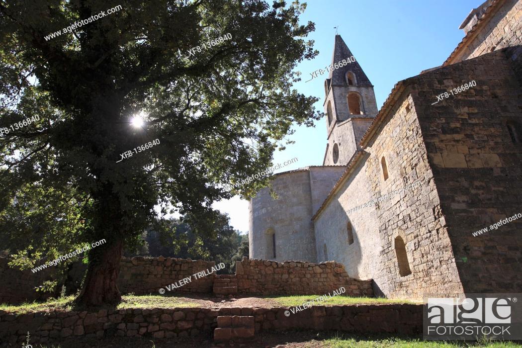 Stock Photo: The abbey of Thoronet, Le Thoronet, Var, Provence-Alpes-Côte d'Azur, France.