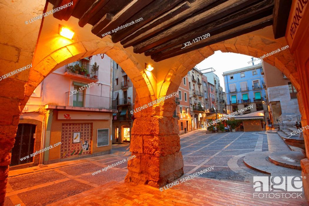 Stock Photo: Arcades at Merceria street. Tarragona old town, Catalonia, Spain.