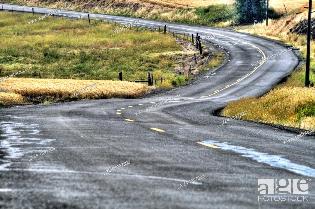 Stock Photo: Country road in the Palouse WA State, USA.