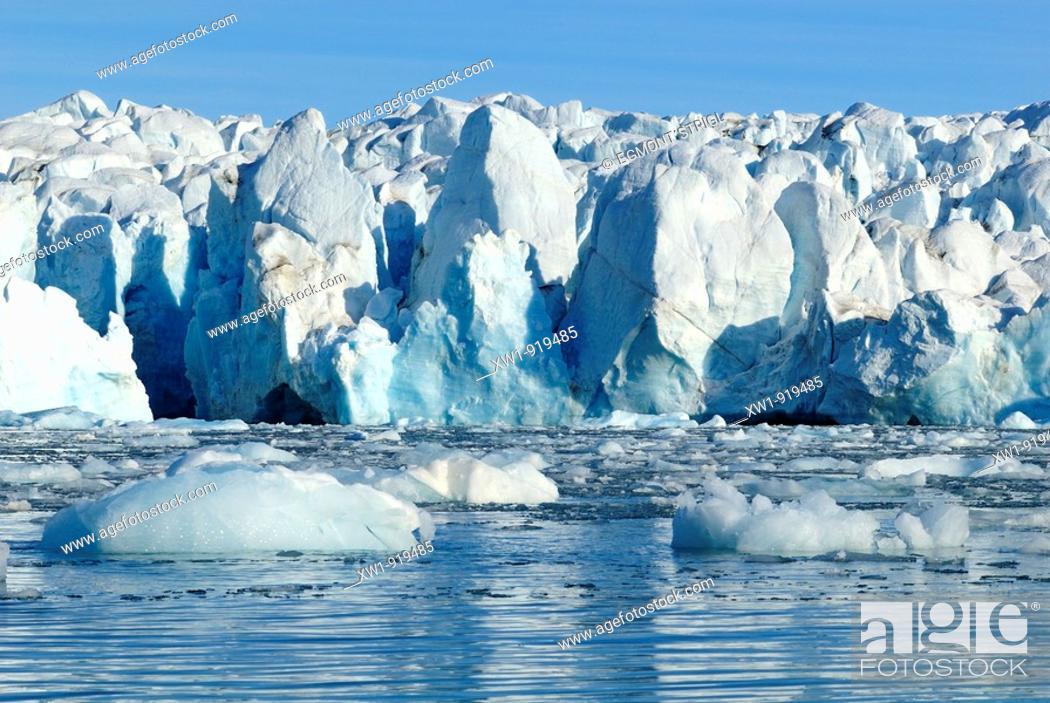 Imagen: glacier at Crocker Bay on Devon Island, Northwest Passage, Nunavut, Canada, Arctic.