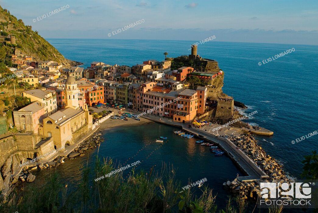 Stock Photo: Vernazza, Cinque Terre, La Spezia, Liguria, Italy.