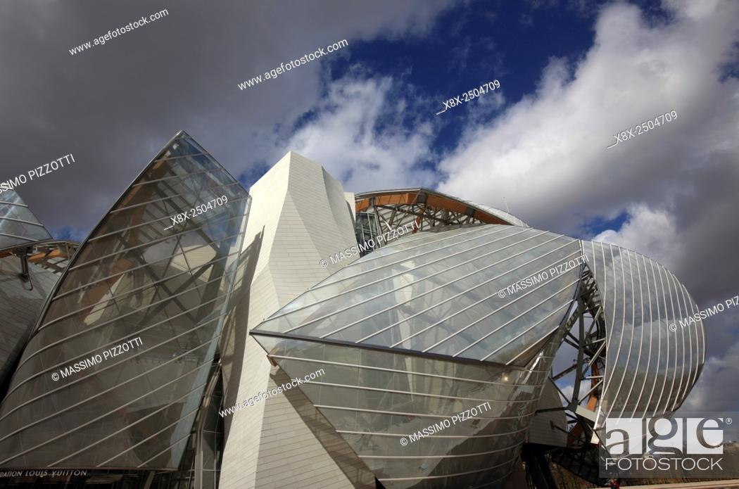 The Modern Architecture Of Louis Vuitton Foundation By Frank Gehry