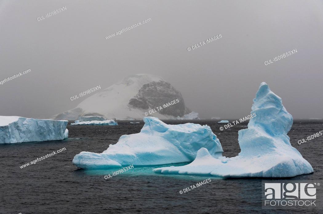 Stock Photo: Icebergs in Errera Channel, Antarctica.