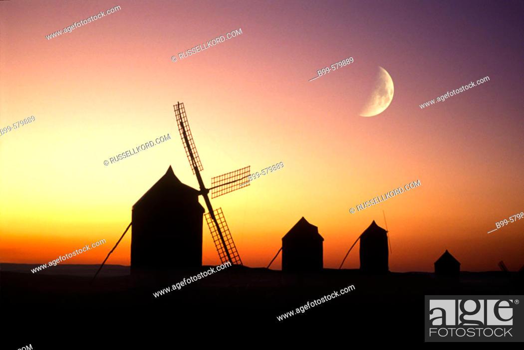 Stock Photo: Windmills, Consuegra, La Mancha, Spain.