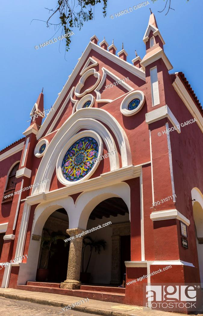Imagen: University of Fine Arts and Sciences in old town of Cartagena, Bolívar, Colombia. South America.