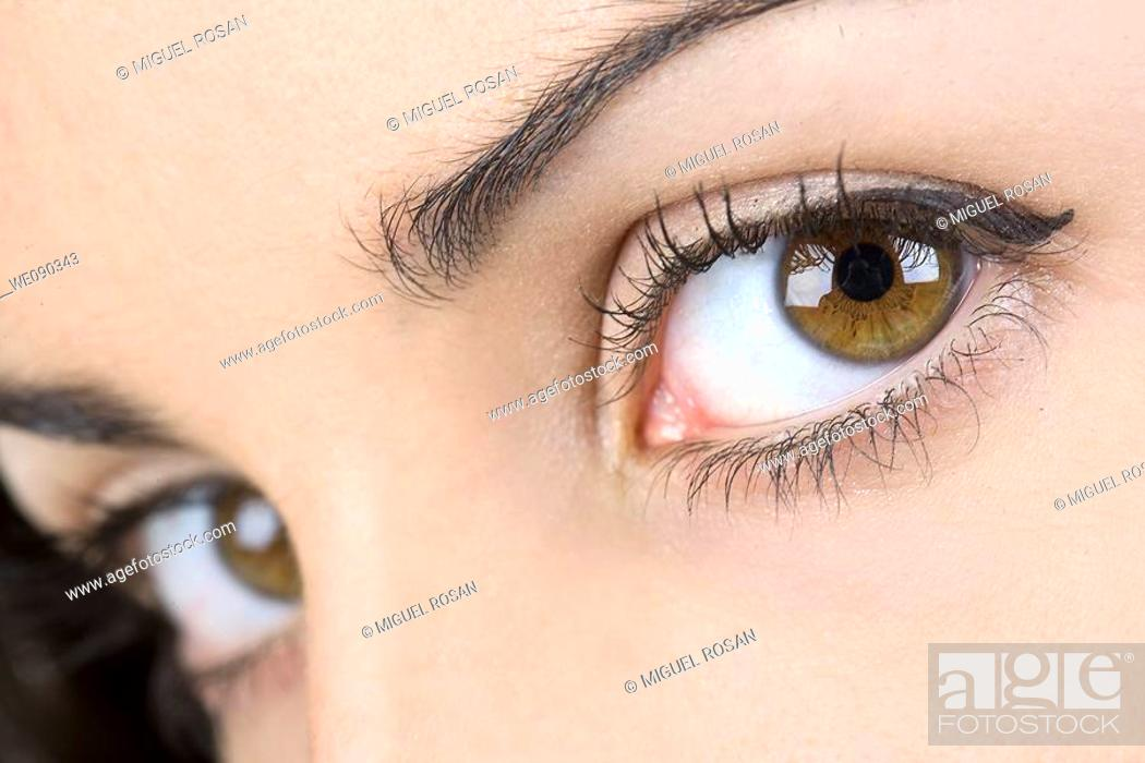 Stock Photo: Close to the beautiful eyes of a model.