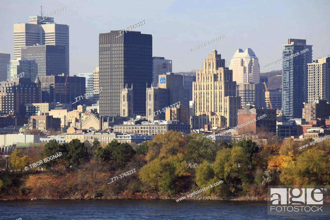 Stock Photo: Canada, Quebec, Montreal, skyline, St Lawrence River, .