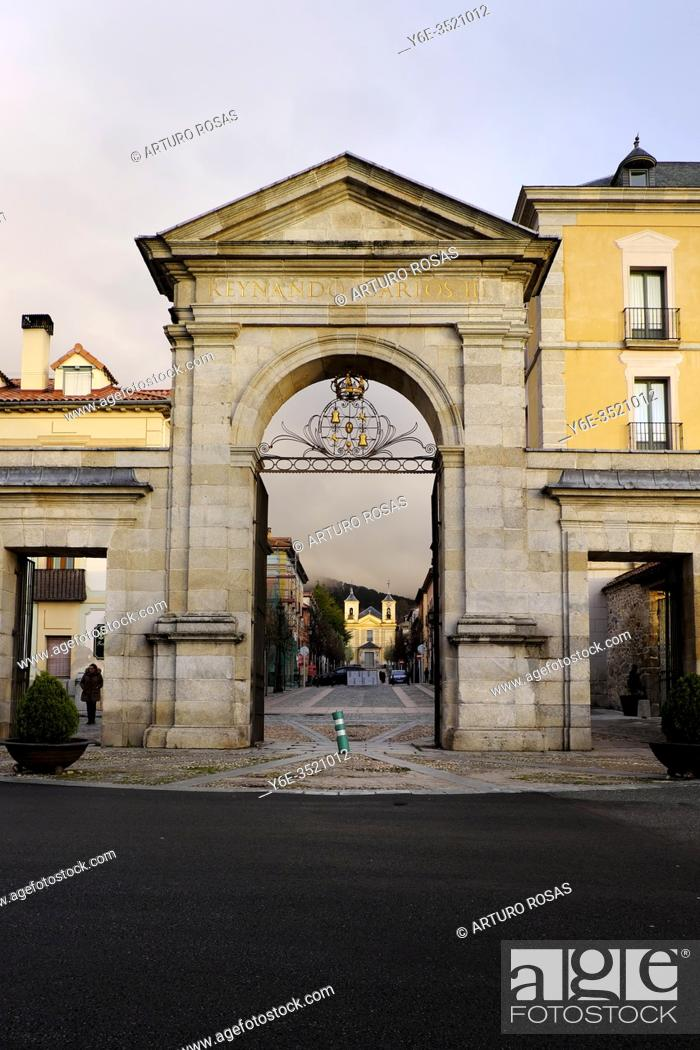 Stock Photo: The 18th century Queen Gate in Real Sitio de San Ildefonso, province of Segovia.
