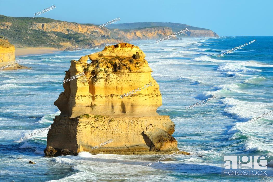 Stock Photo: Limestone Stacks, The Twelve Apostles, Princetown, Great Ocean Road, Victoria, Australia.
