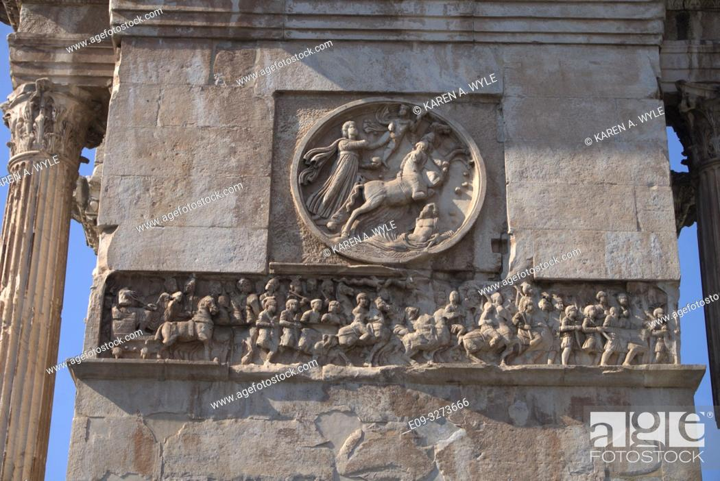 Imagen: sculptural detail of Arch of Constantine (near Colosseum) including frieze, Rome, Italy.