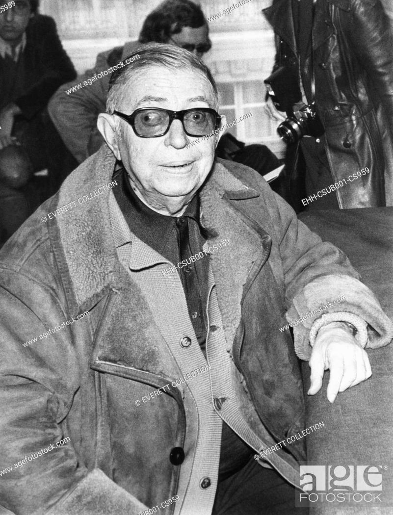 Imagen: Jean Paul Sartre at a press conference in Paris, on Dec. 10, 1974. Sartre was the first Nobel laureate to voluntarily decline the prize in 1964.