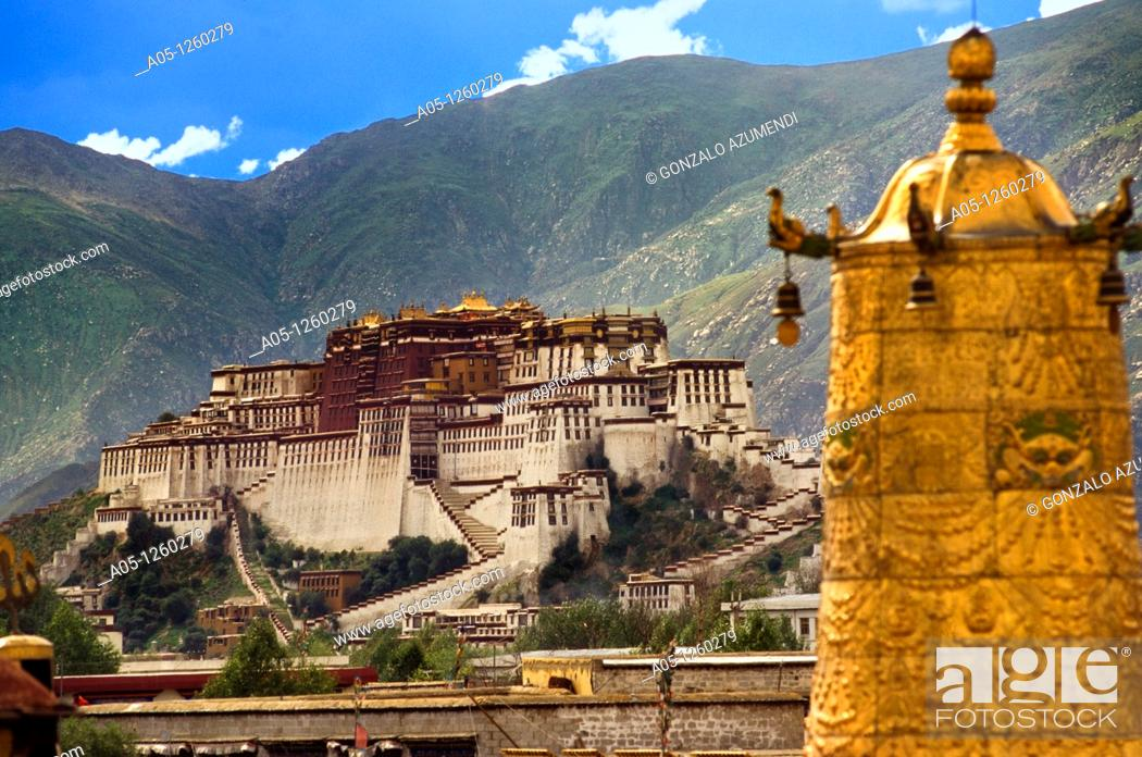 Stock Photo: Potala Palace, Lhasa, Tibet  CHINA.