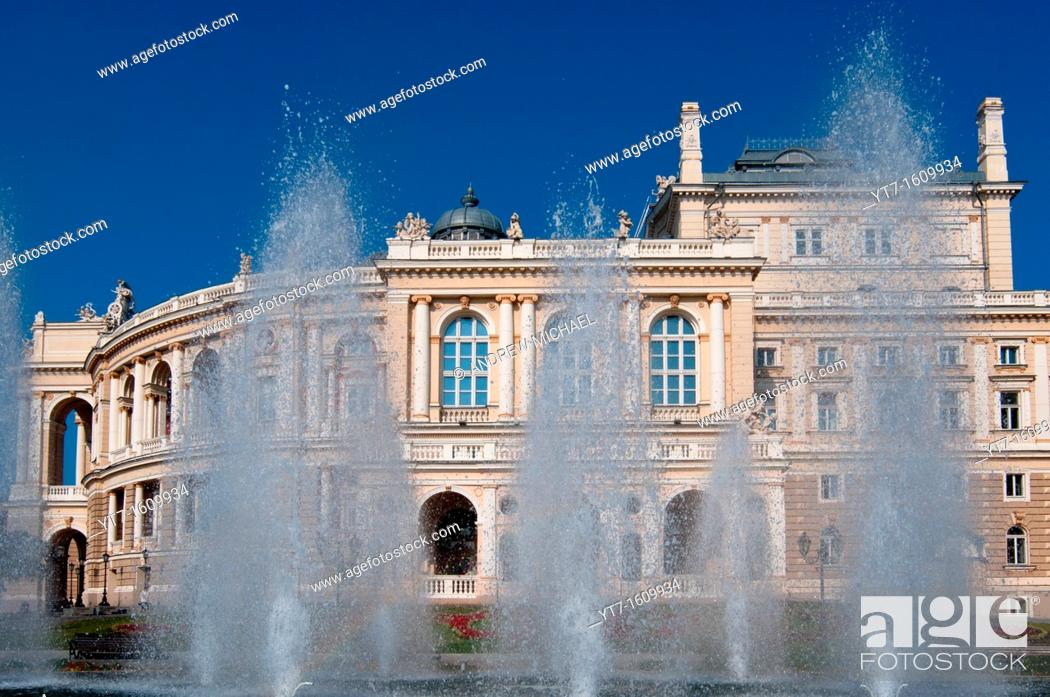 Stock Photo: Opera House with fountains in the city of Odessa, Ukraine.