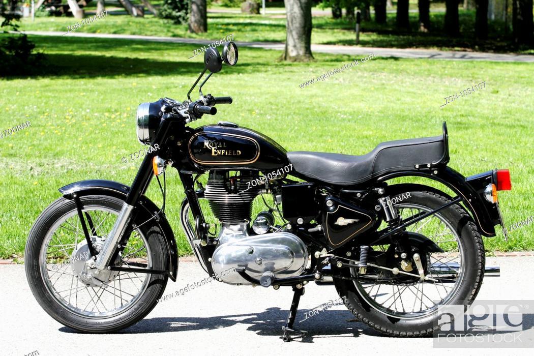 Royal Enfield Bullet 500 Motorrad Royal Enfield Stock Photo
