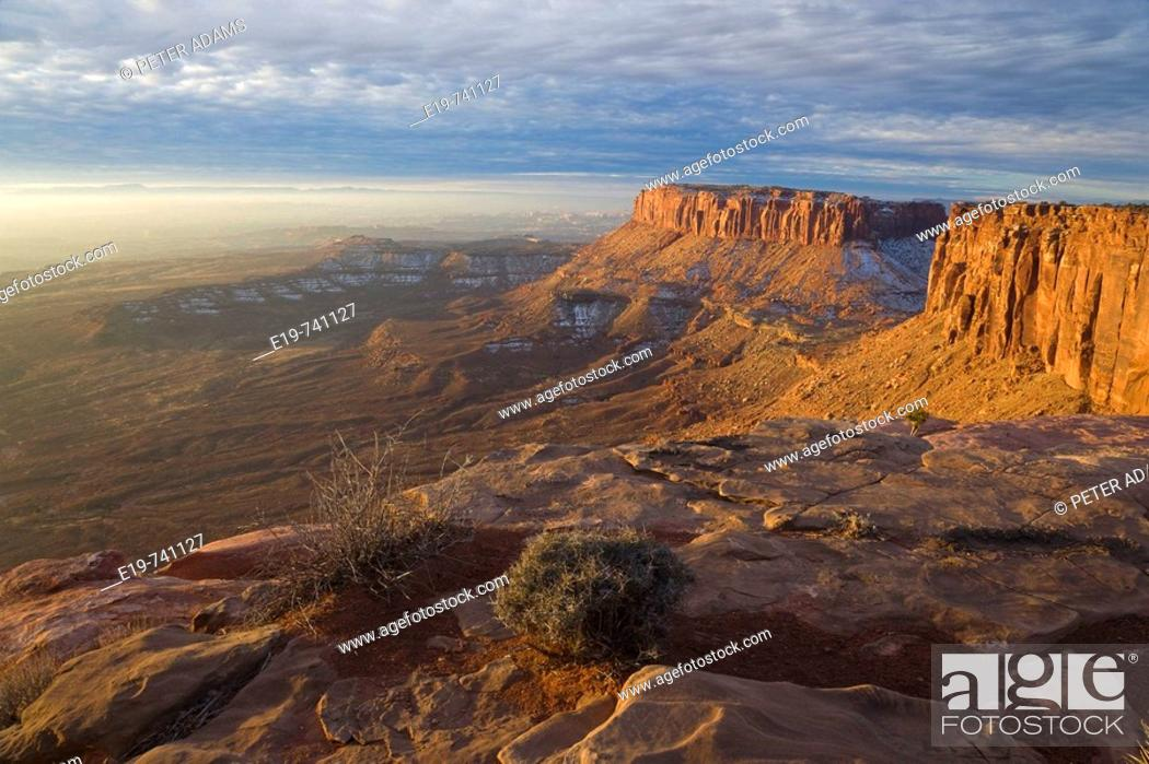 Stock Photo: Island In The Sky, Canyolands National Park, Utah, USA. View from Island In The Sky, early morning.