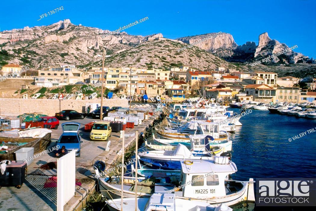 Stock Photo: Fishing village of Les Goudes near Marseille, Bouches du Rhone, Provence-Alpes-Côte d'Azur, France.