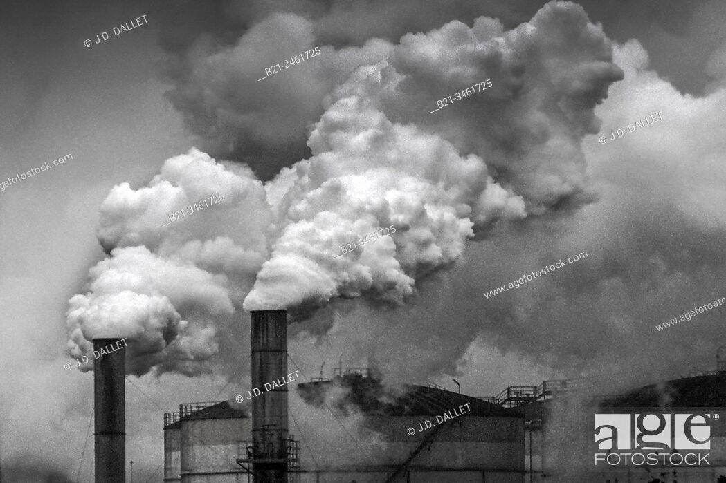 Imagen: France, Picardie. Sugar beet factory at Roye.