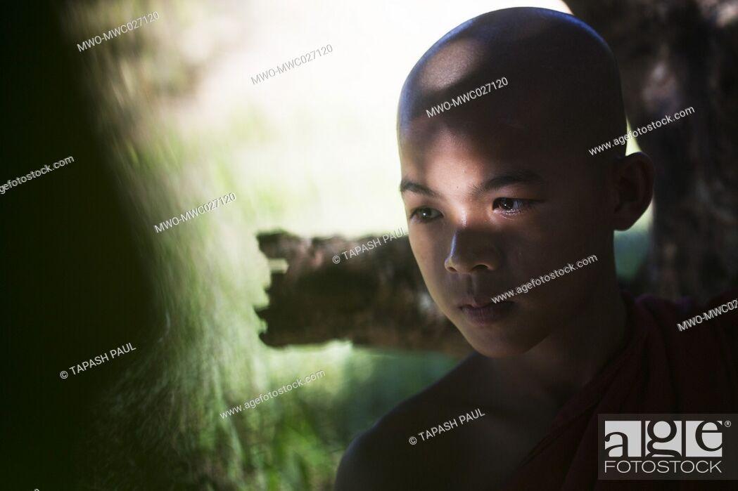 Imagen: A portrait orphan child, Naikhongchari Bandarban .