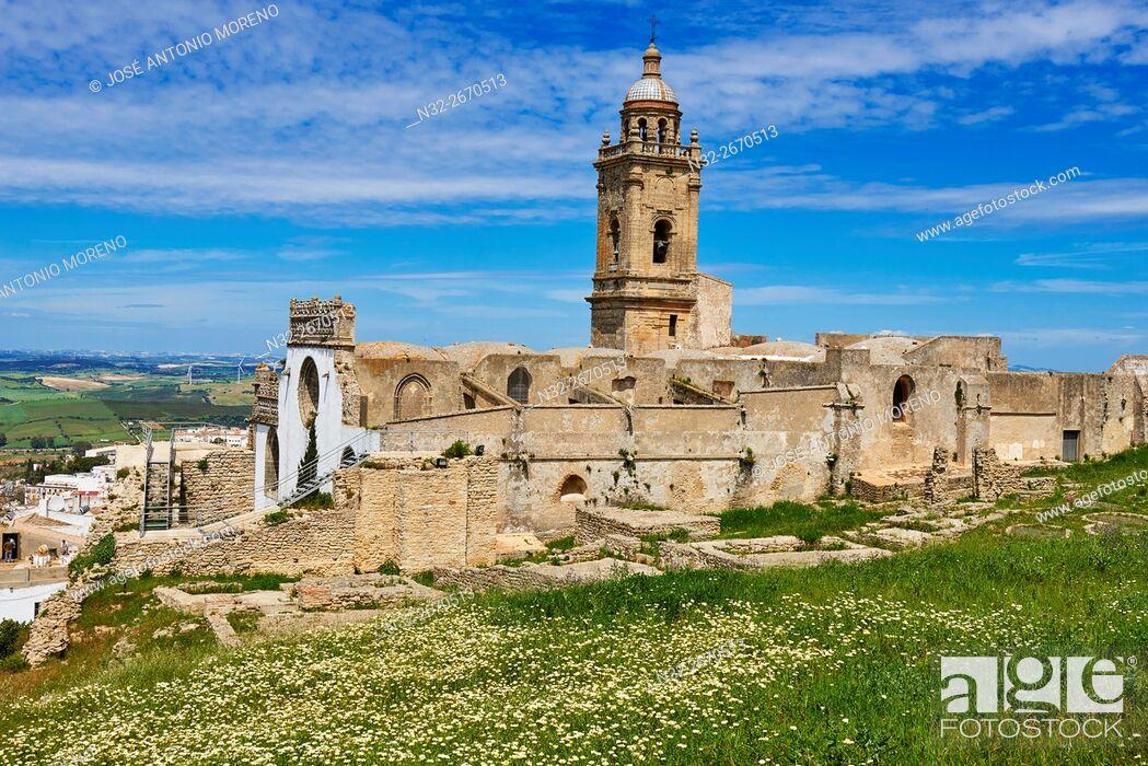 Stock Photo: Medina Sidonia, Santa Maria la Coronada Church. Pueblos Blancos ('white towns') Route, Cádiz province, Andalusia, Spain.