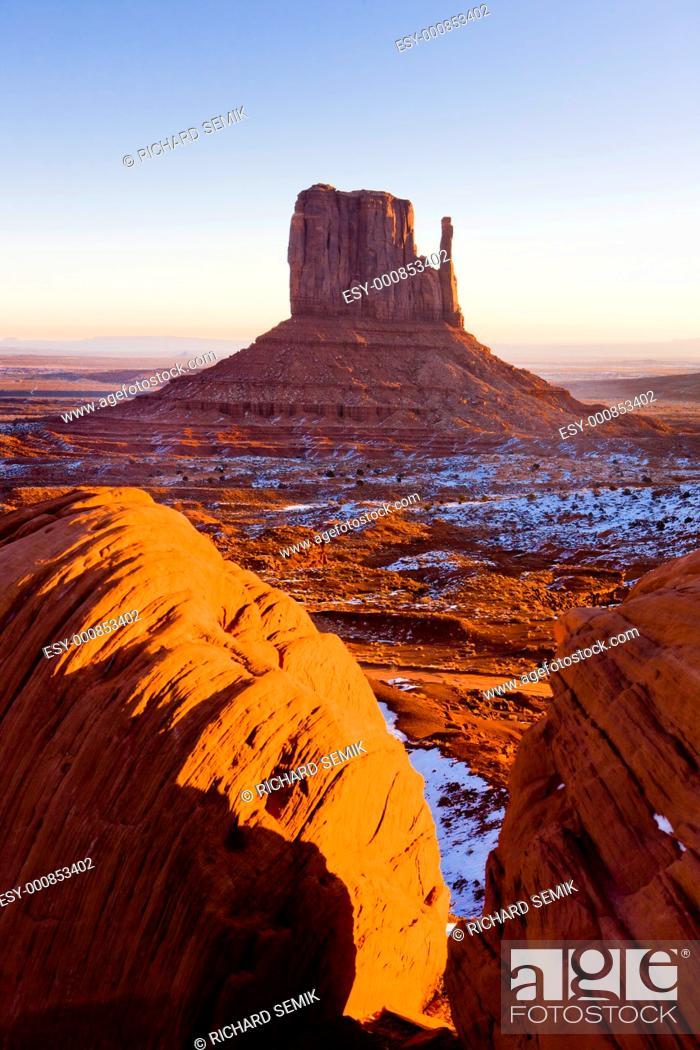Stock Photo: The Mitten, Monument Valley National Park, Utah-Arizona, USA.
