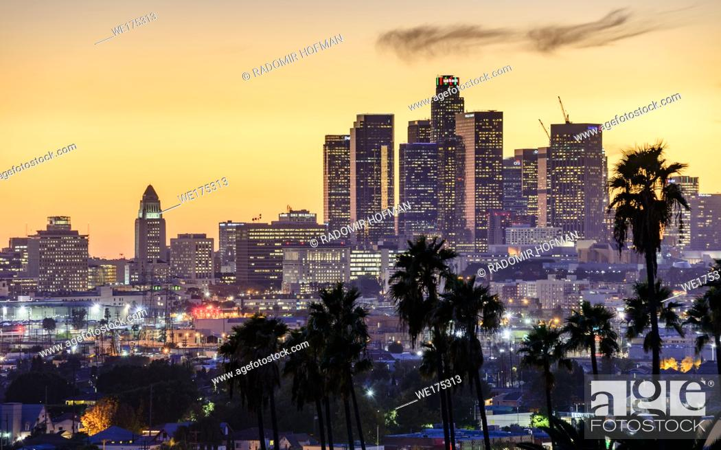 Stock Photo: Los Angeles skyline sunset, California, USA.