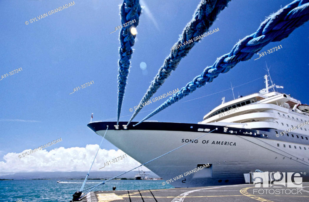 Stock Photo: Liner in Harbour, Pointe à Pitre the capital, Guadaloupe, French Antilles. France.