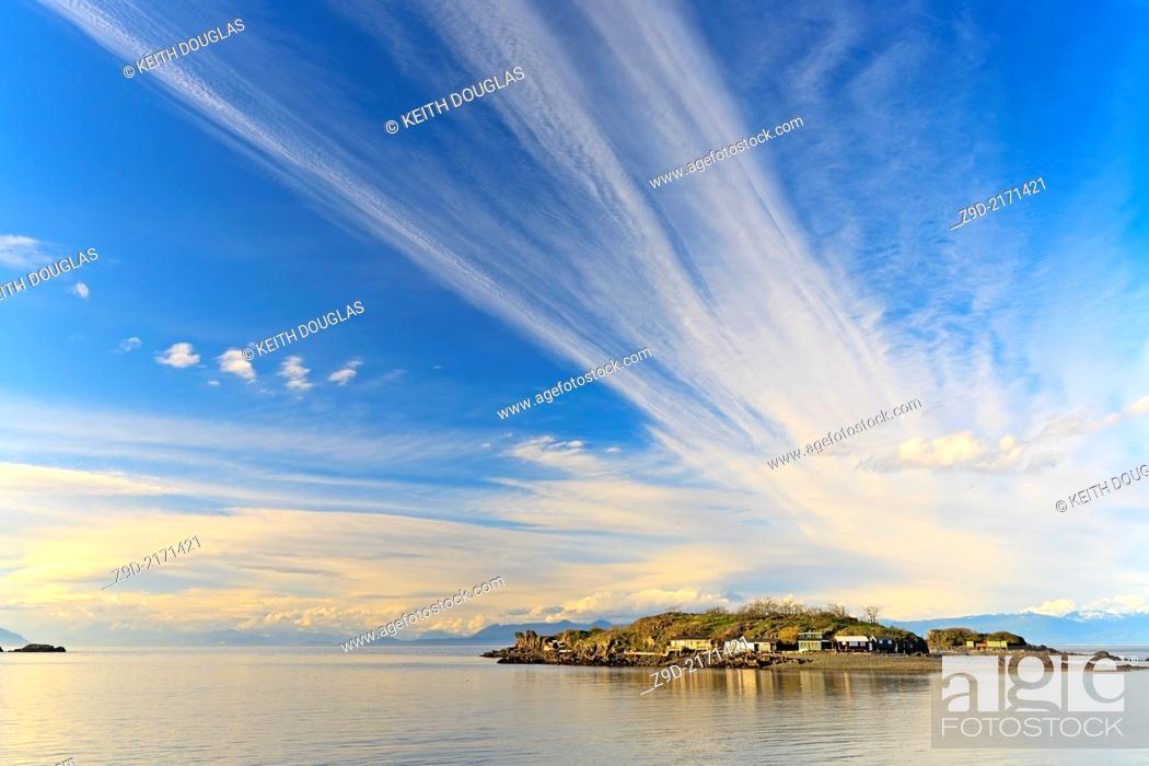 Stock Photo: View across Hammond Bay towards Shack Island, Pipers Lagoon Park, North Nanaimo, Vancouver Island, BC.